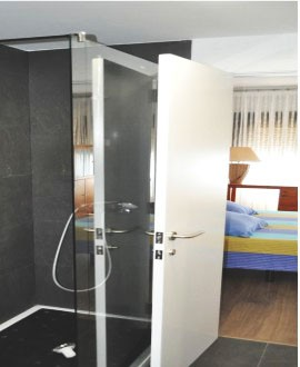 Shared apartment double with private bathroom
